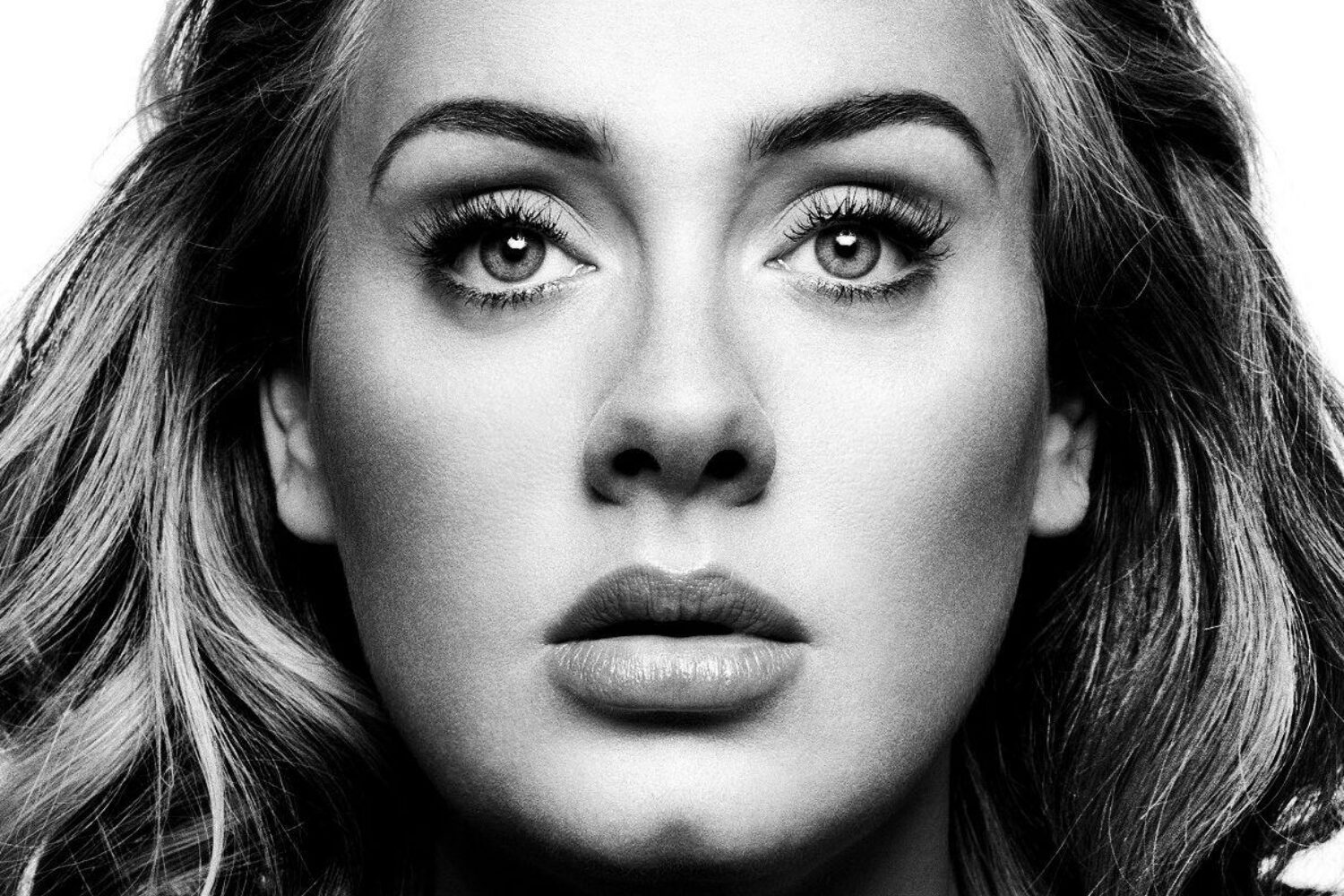 Adele declined an offer to perform the 2017 Superbowl halftime show