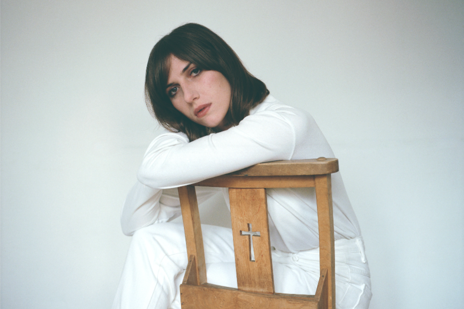 Aldous Harding announces new album 'Designer'