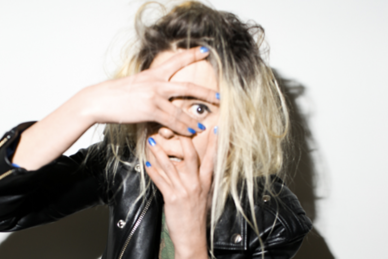 Alison Mosshart reveals second solo song 'It Ain't Water'