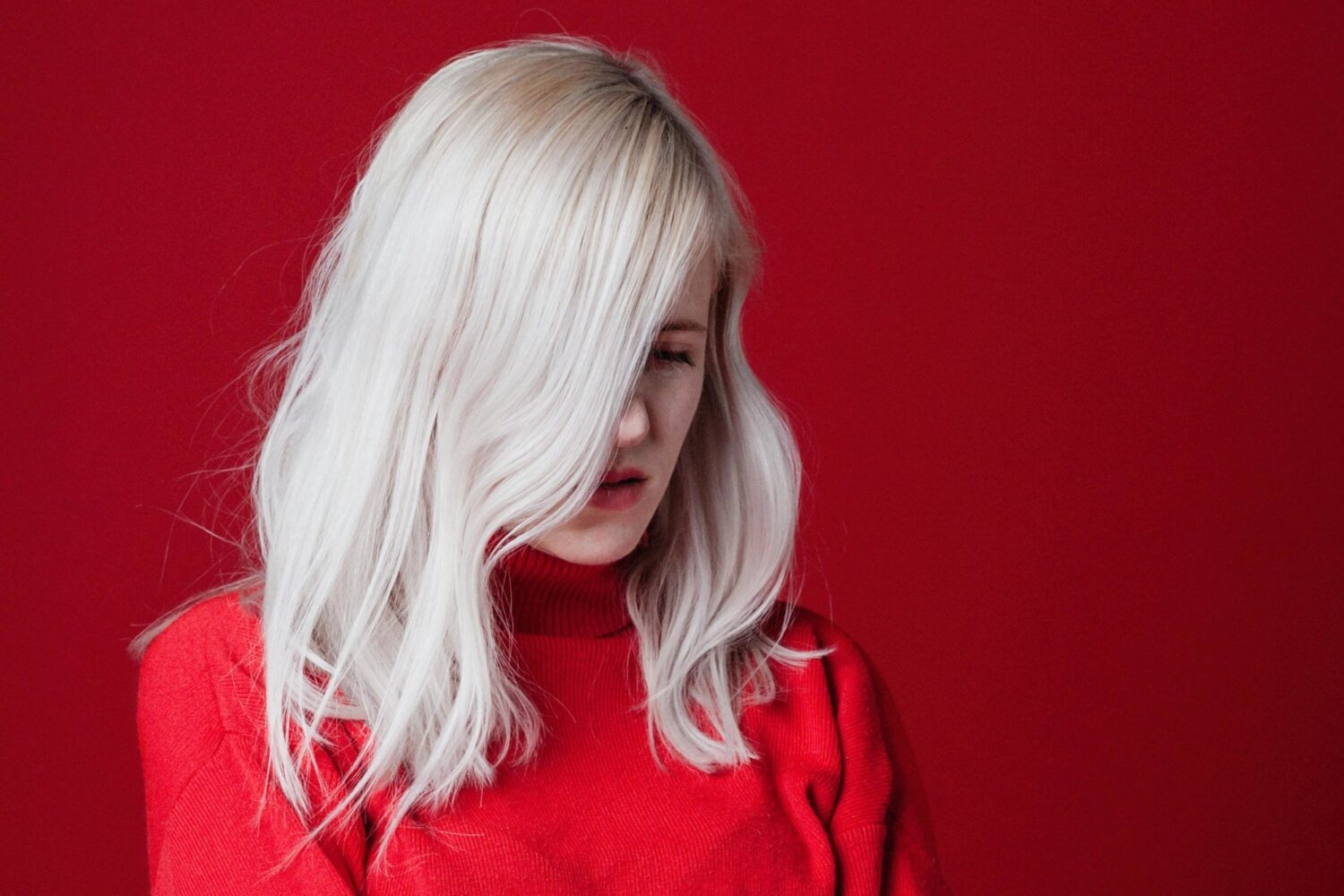 Amber Arcades go big on 'Can't Say That We Tried'