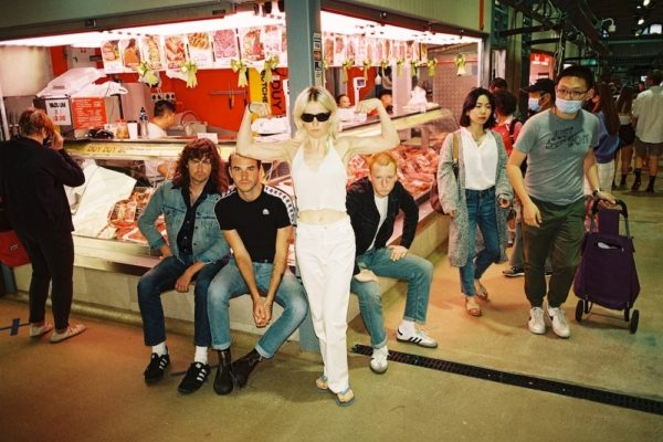 Keeping It Real: Amyl and the Sniffers