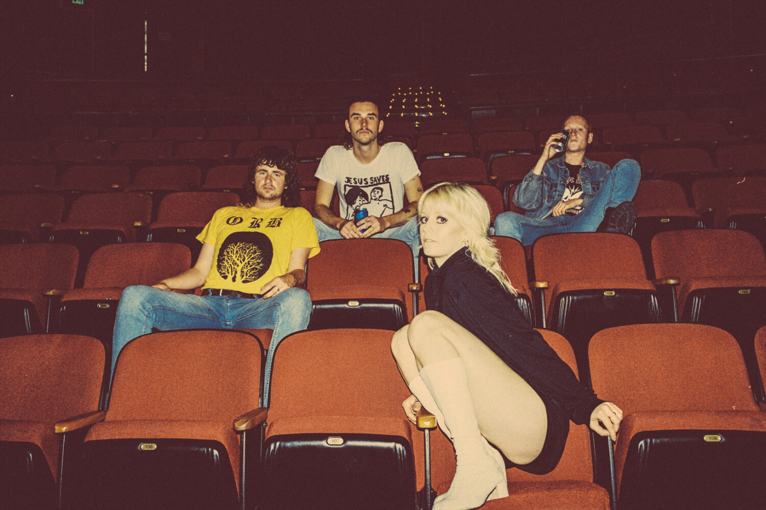 Amyl & The Sniffers sign to Rough Trade Records