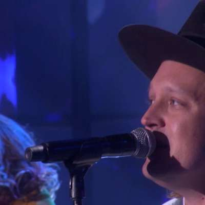 Watch Arcade Fire play 'Everything Now' on Ellen