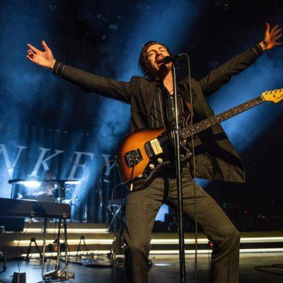 Arctic Monkeys unleash live video of 'Arabella'