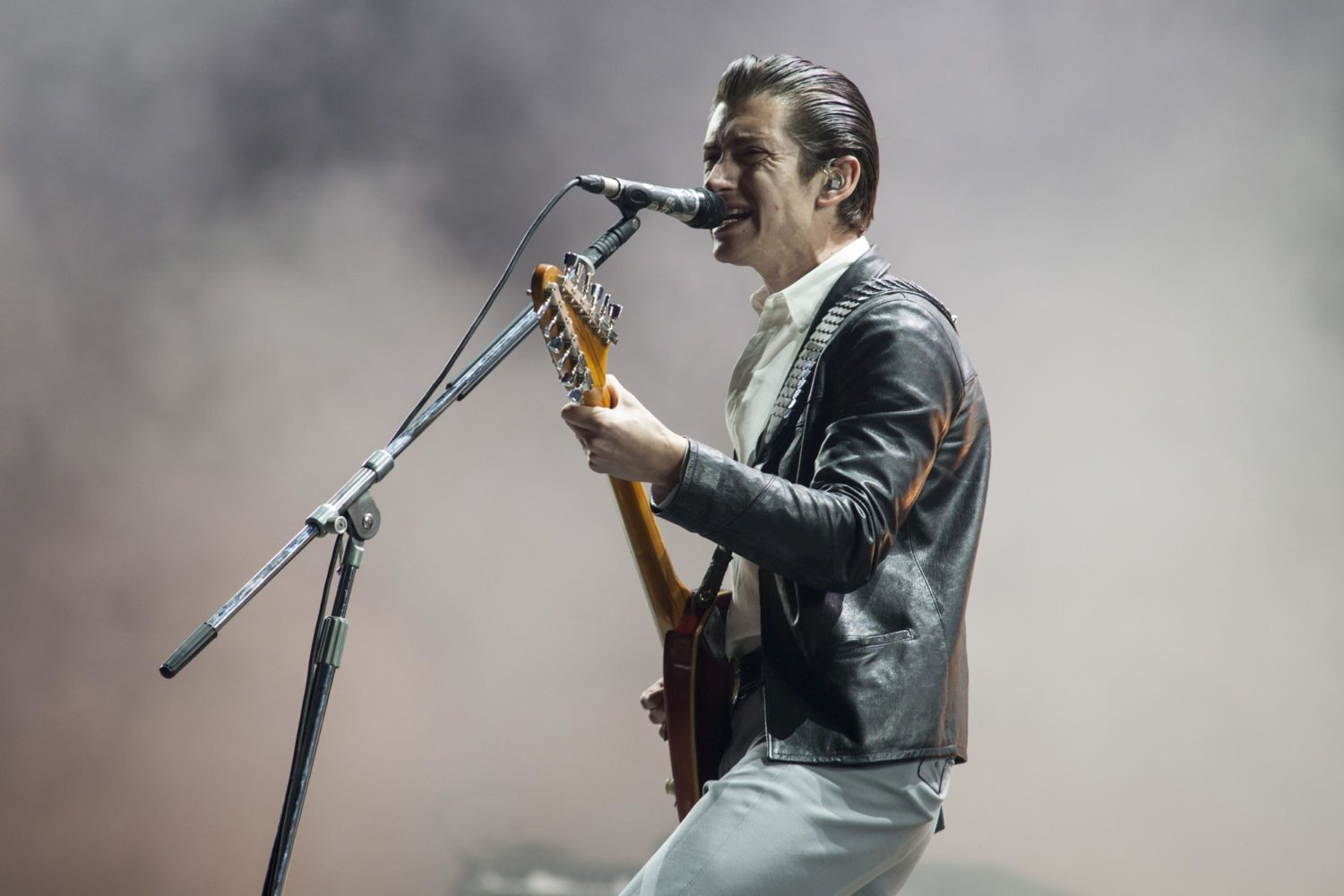 Watch Arctic Monkeys play first European show in four years