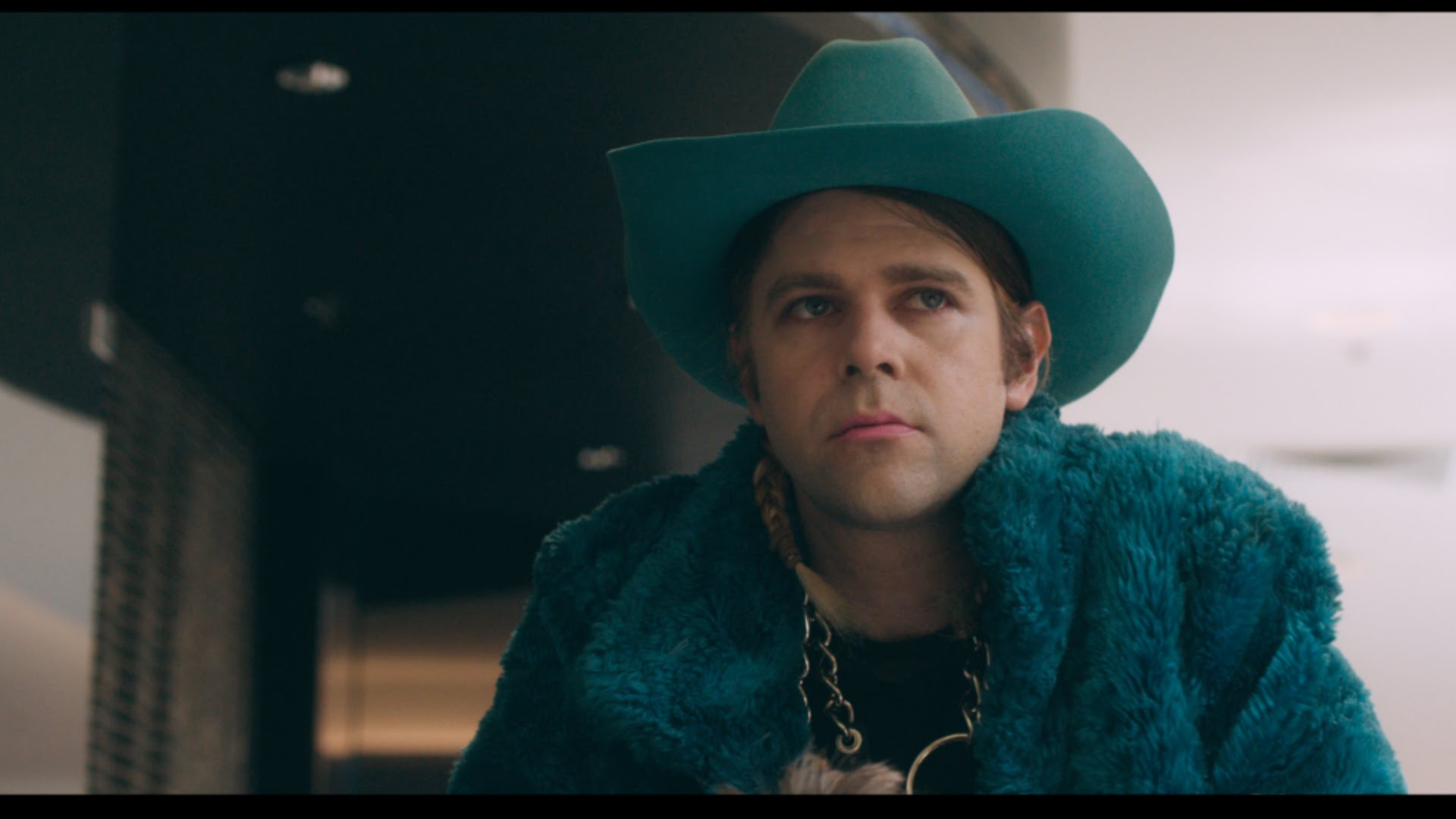 Ariel Pink airs 'Put Your Number In My Phone' video, confirms live dates