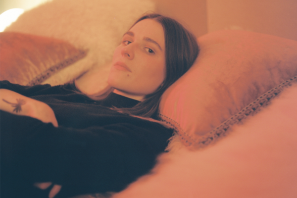 Art School Girlfriend releases the video for 'Diving'