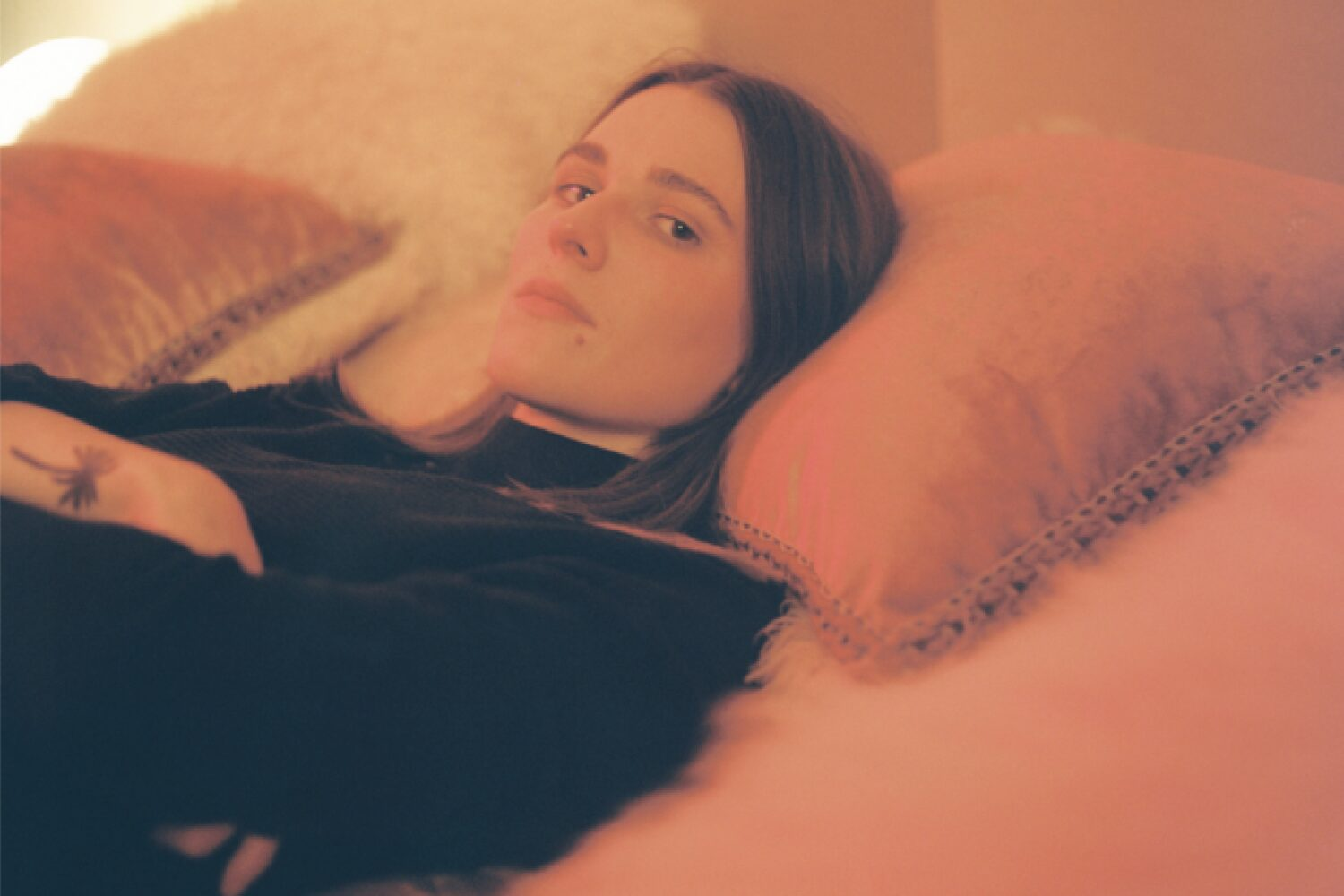 Art School Girlfriend shares new track 'Come Back To Me'