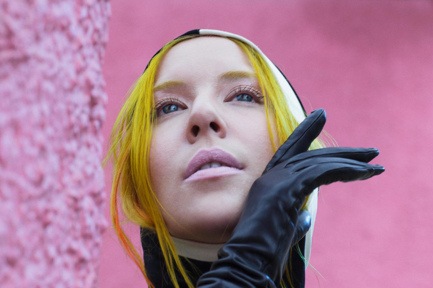 Austra air new track 'Change The Paradigm'