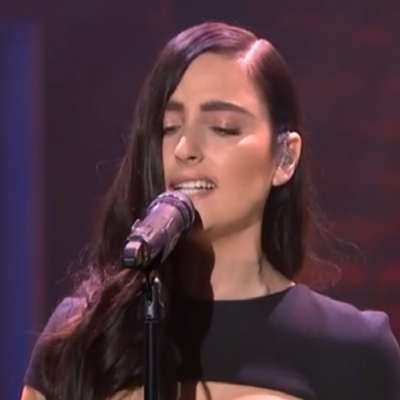 Watch BANKS perform 'Brain' on Late Night With Seth Meyers