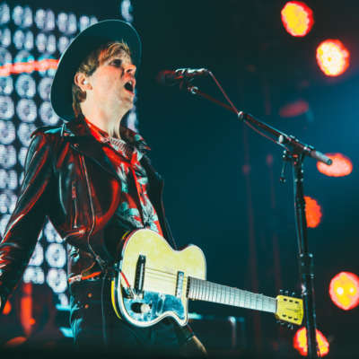 Watch Beck and Karen O cover Lou Reed at the Rock and Roll Hall of Fame induction