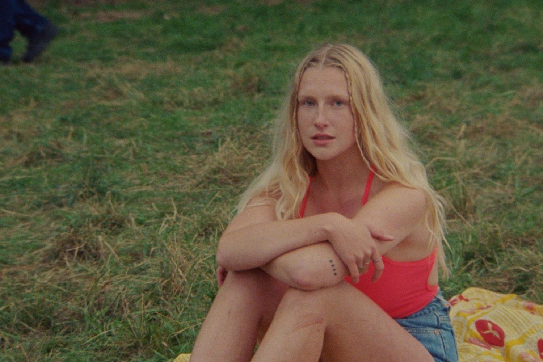 Billie Marten reveals 'Liquid Love' video