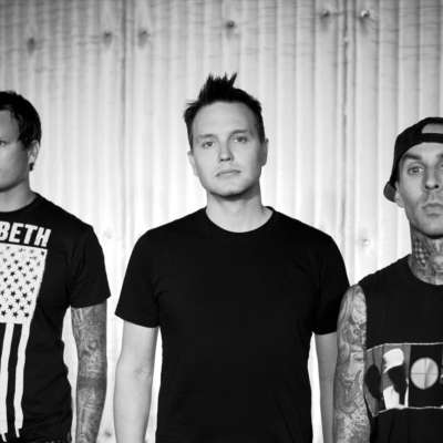 Blink-182 to reissue four albums on cassette