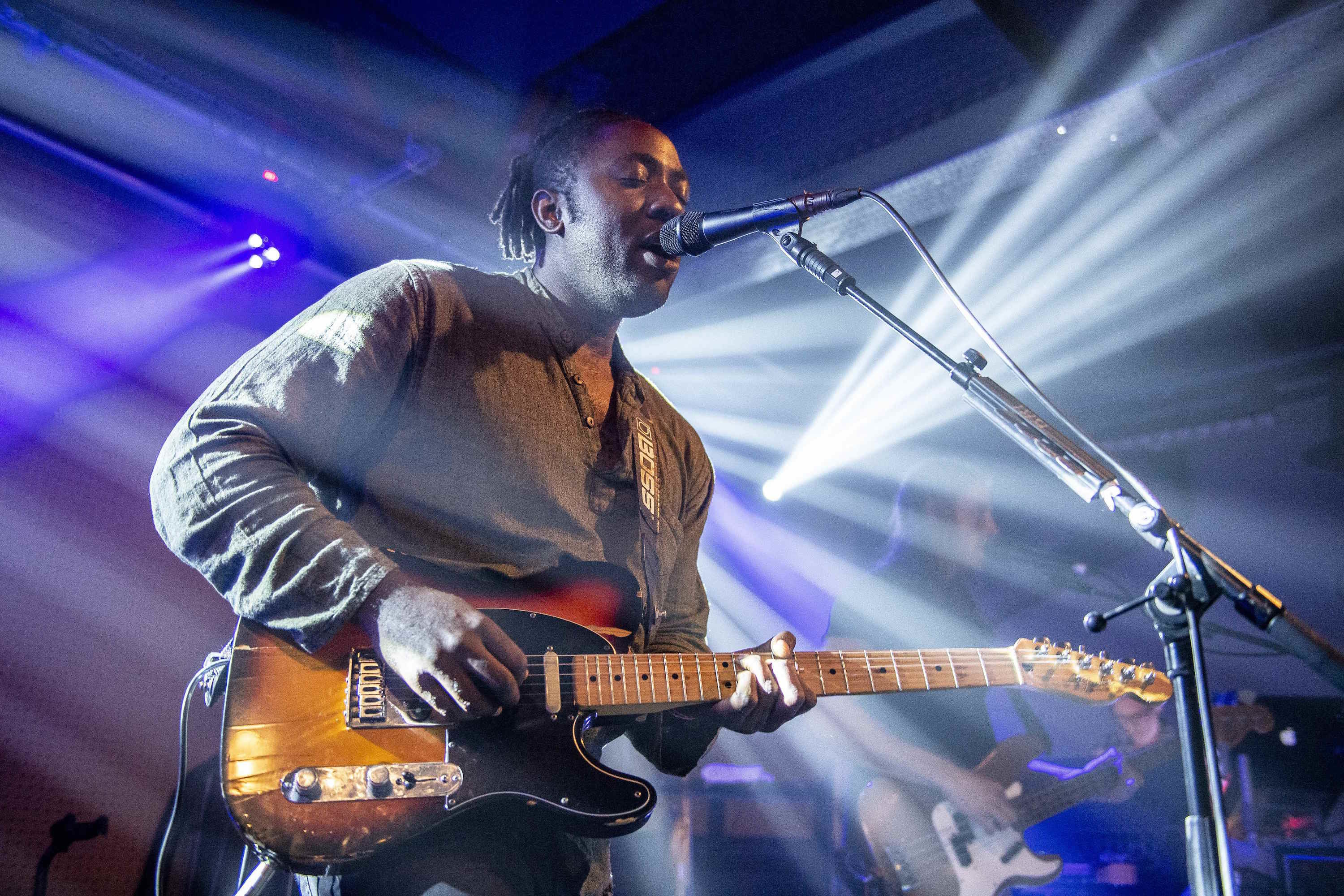 Watch Bloc Party play 'Silent Alarm' in full for the first time