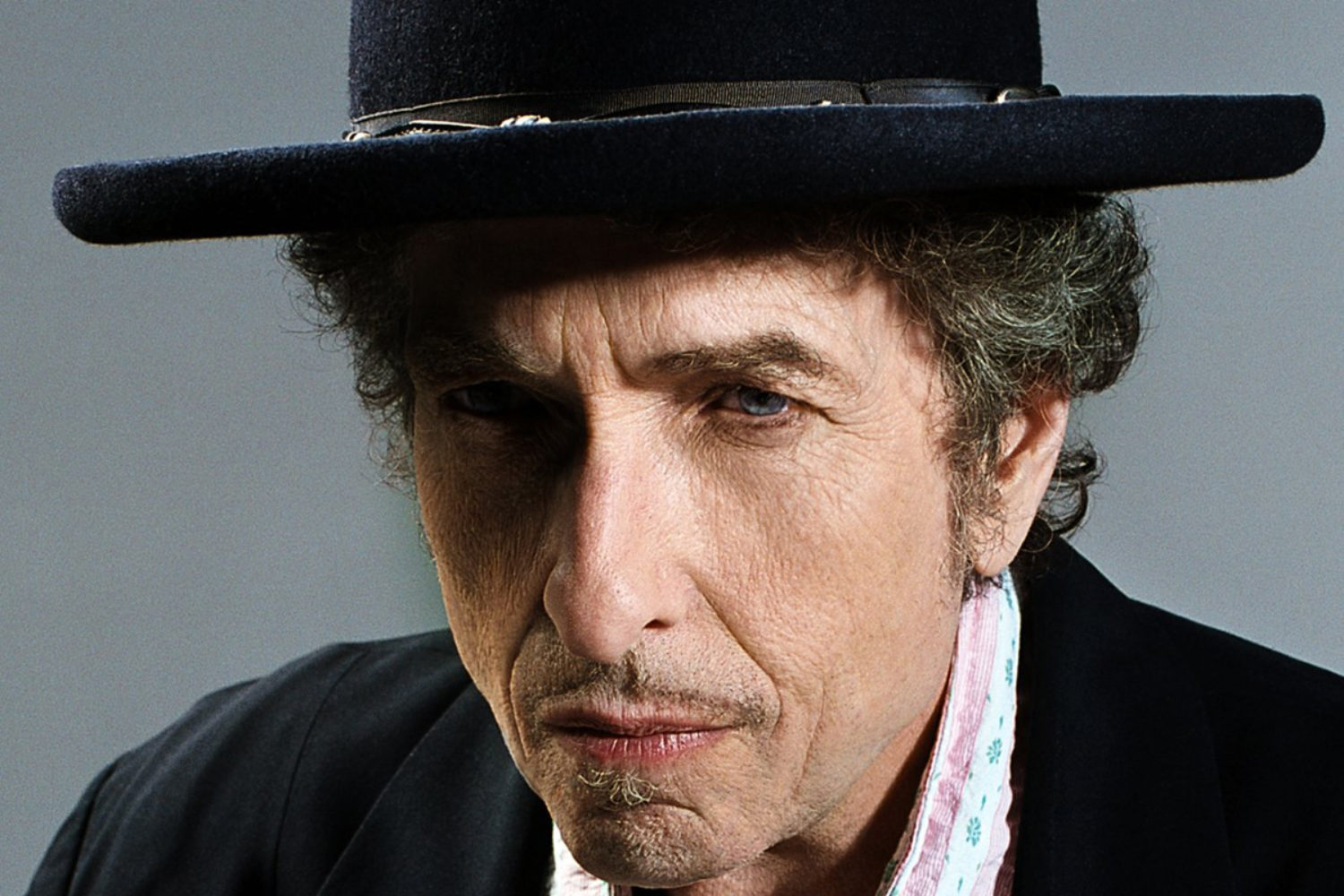 Bob Dylan is heading to the UK in May
