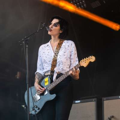 The Distillers are releasing a limited edition vinyl of 'Man vs Magnet' through Third Man Records