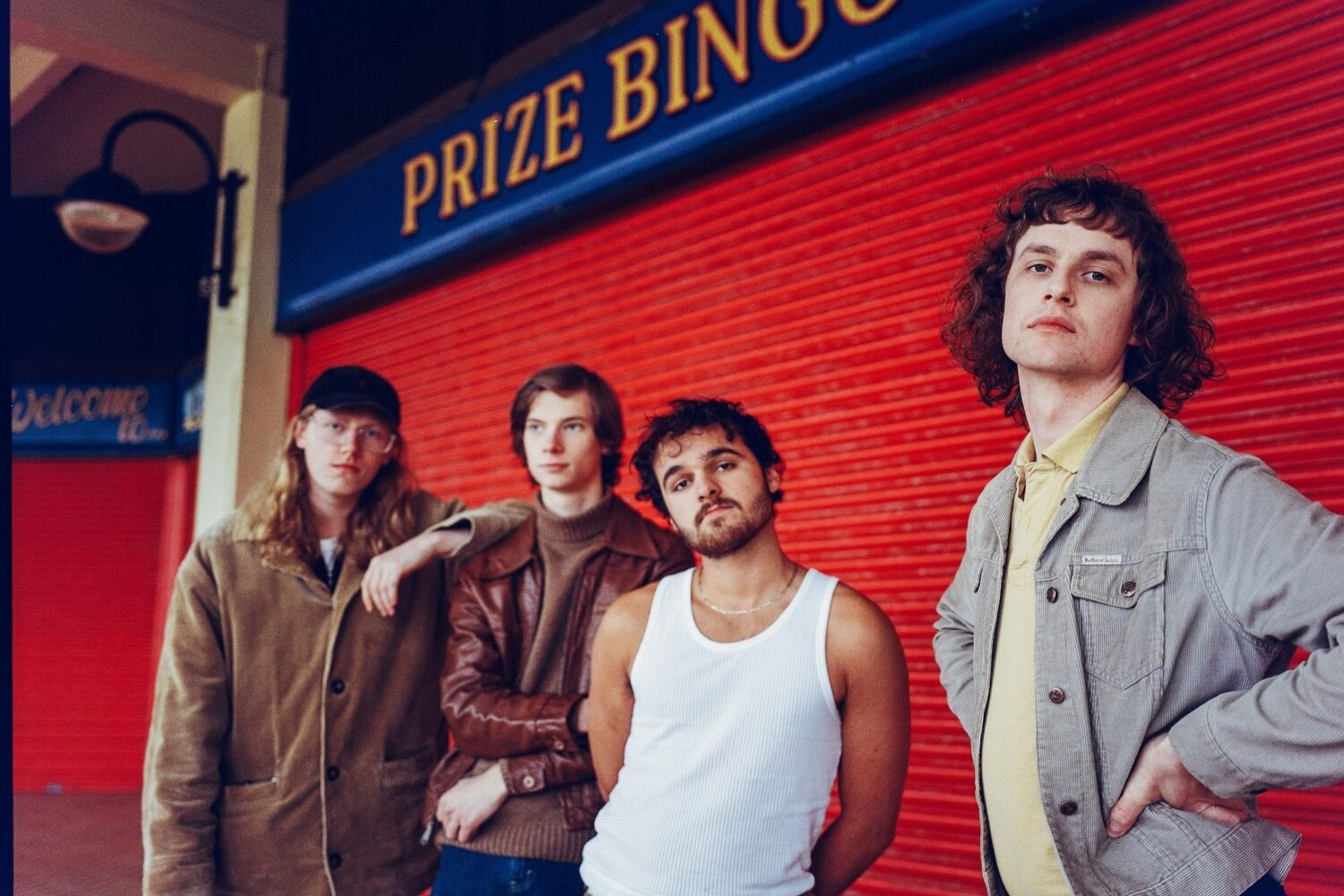 Buzzard Buzzard Buzzard reveal '30,000 Megabucks' video