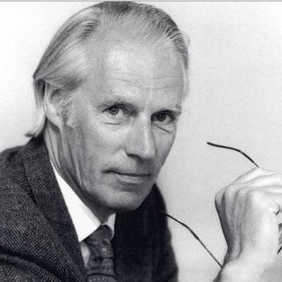 """Fifth Beatle"" Sir George Martin has died"
