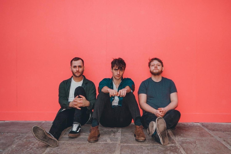 Leeds trio Caro release new single 'Fall Apart'