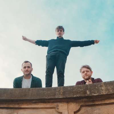 Caro unveil new single 'Cat's Pyjamas'