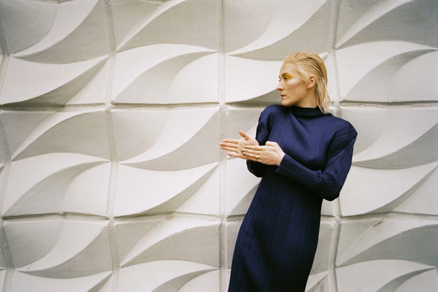 """Cate Le Bon talks 'Reward': """"Music became my cathartic outlet at night"""""""