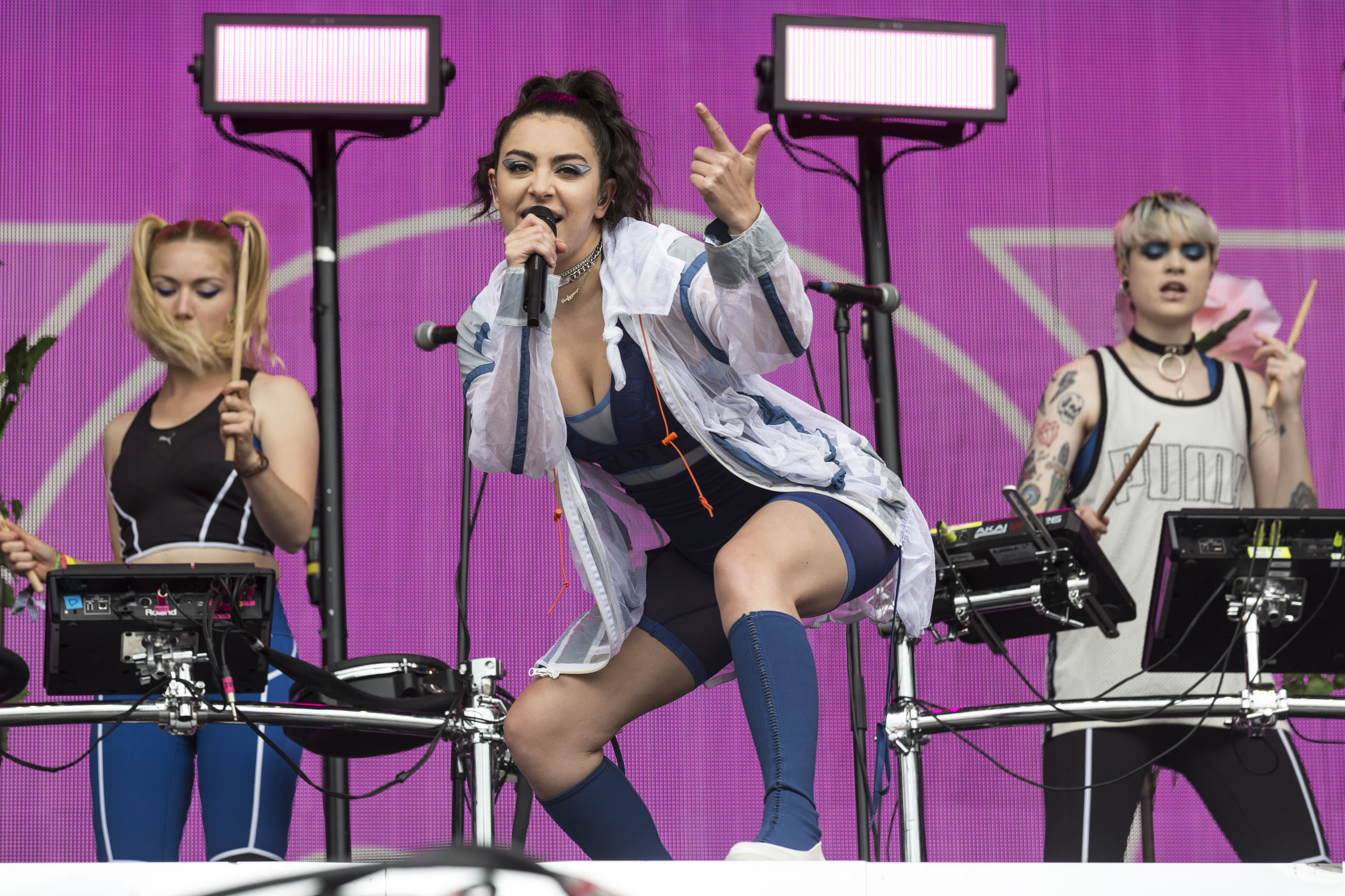 Charli XCX has covered Wolf Alice's 'Don't Delete The Kisses'