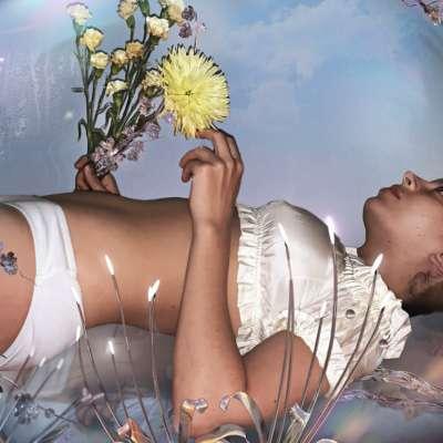 Charli XCX unveils 'i finally understand'