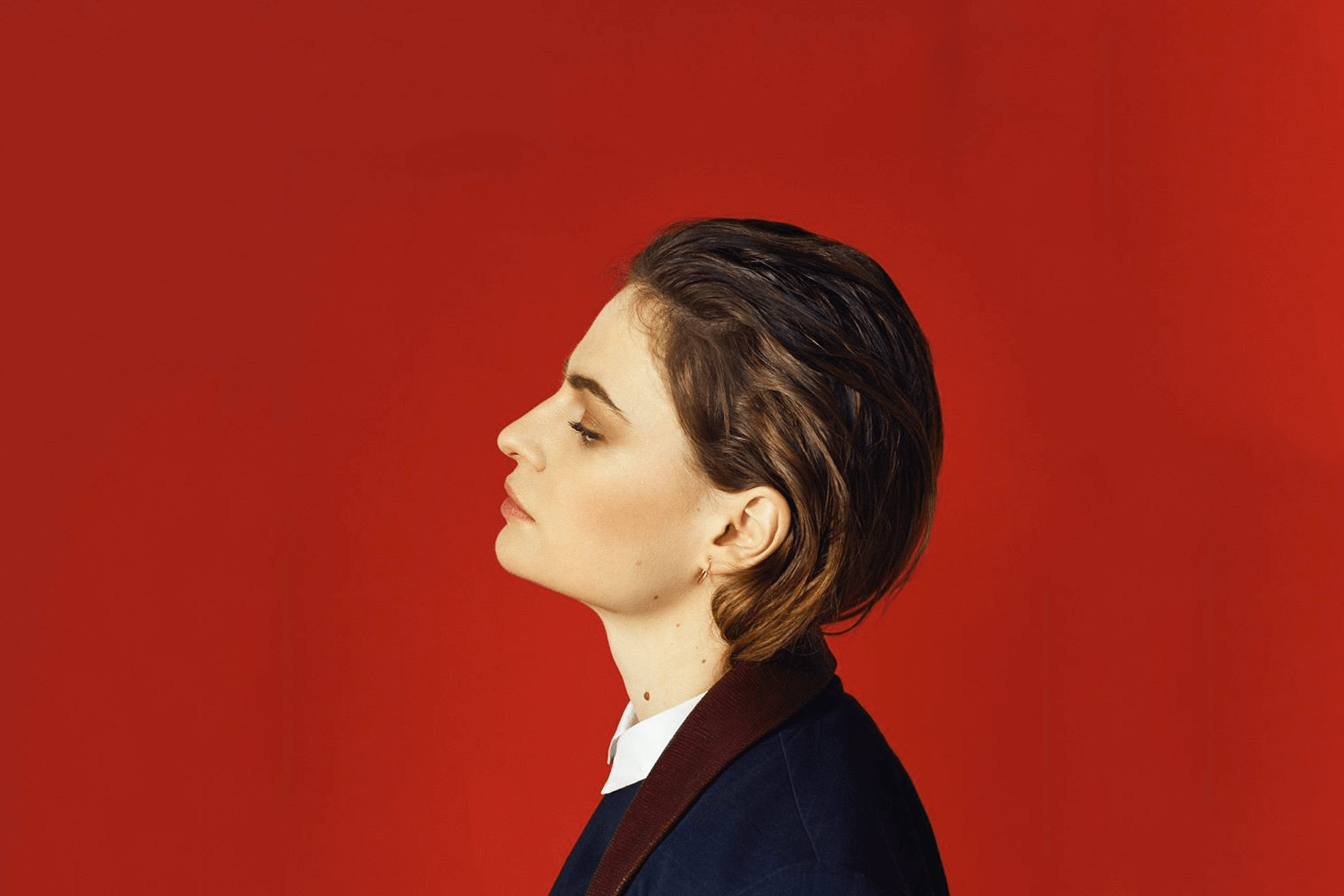 Christine and The Queens: iT Follows