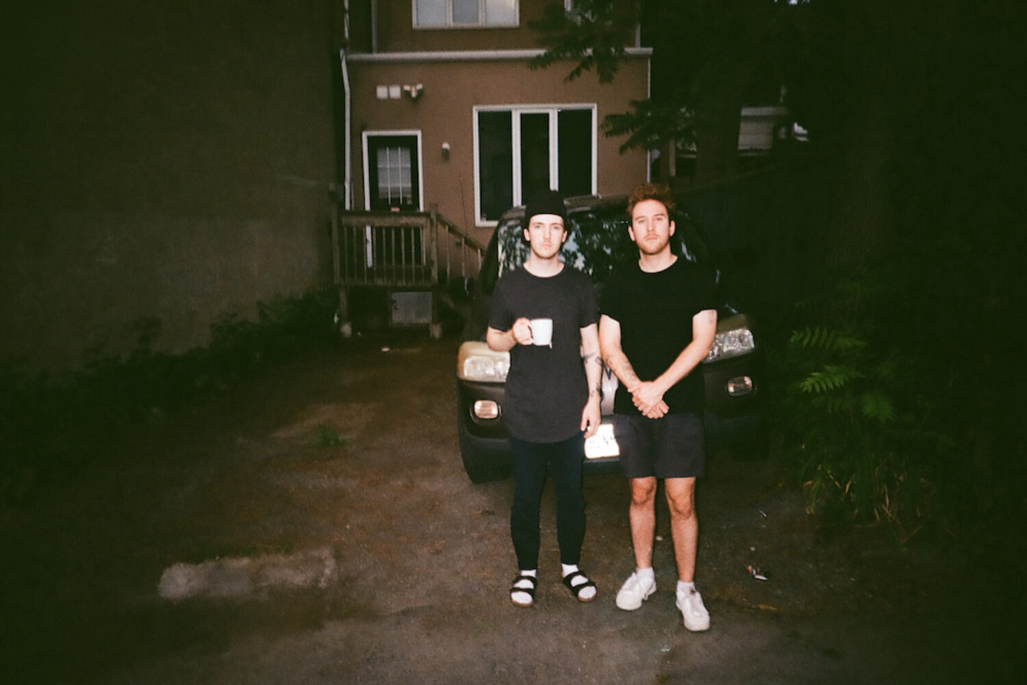 cleopatrick unveil new song '2008'