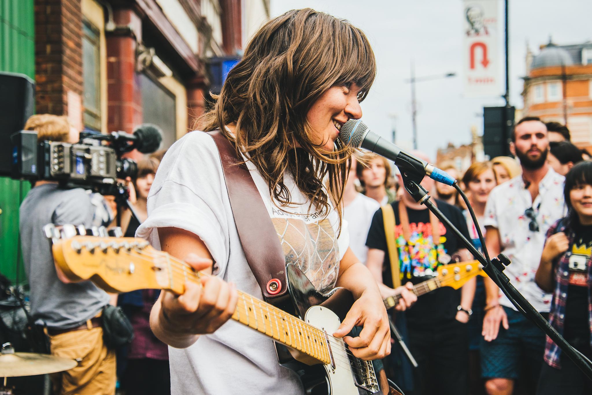 Courtney Barnett plays impromptu London gig