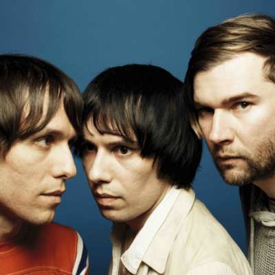 The Cribs announce a UK tour
