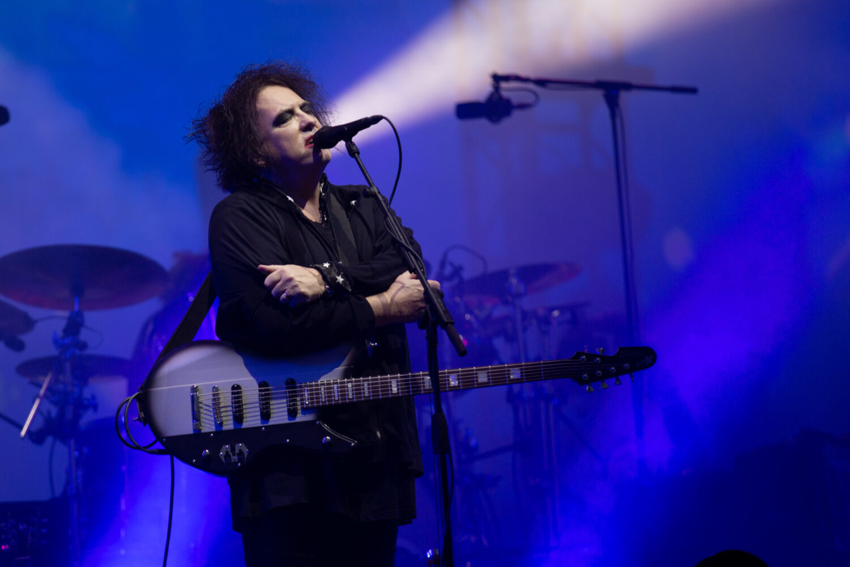 The Cure's Robert Smith unveils plans for 'noise'-heavy solo album