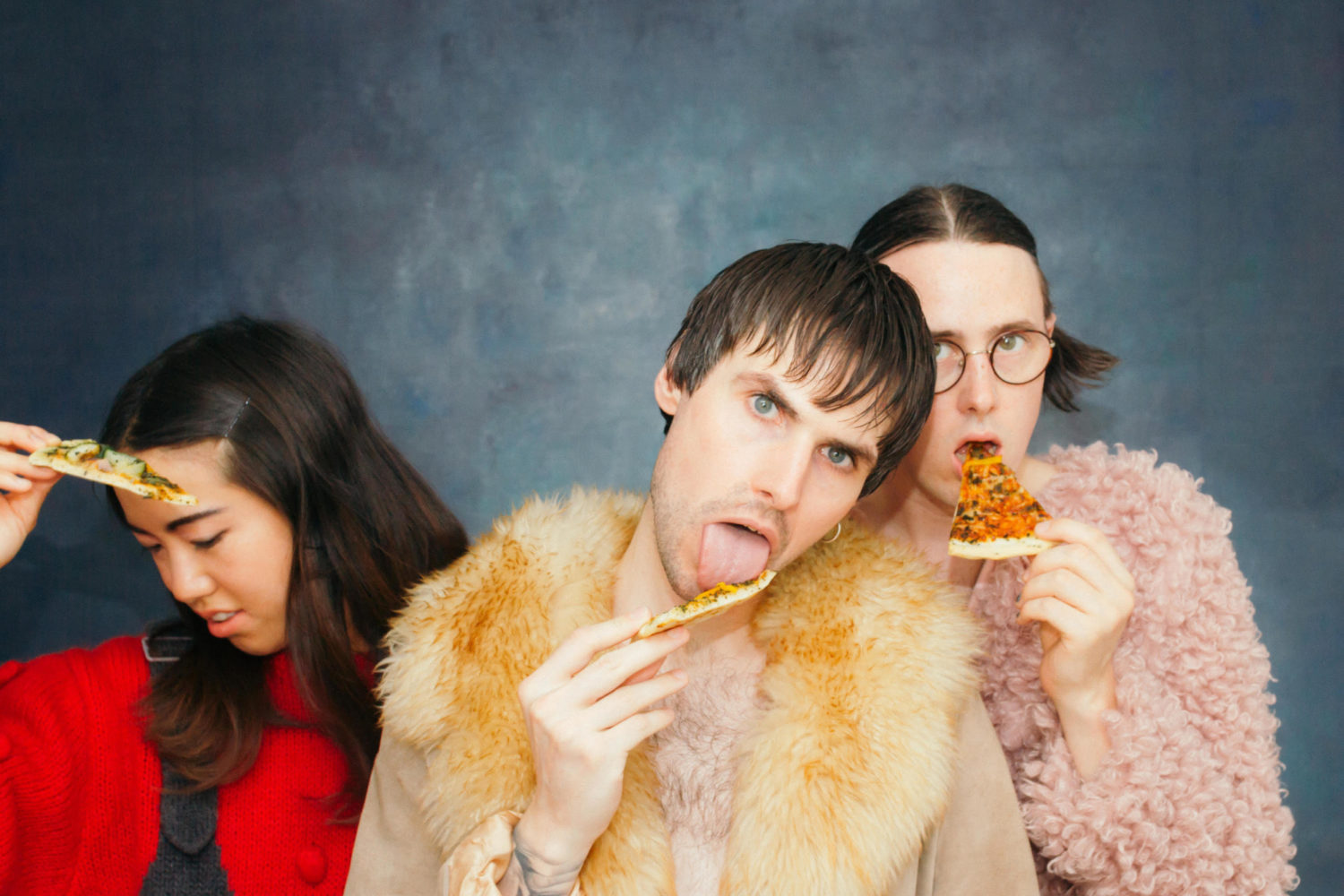 Dama Scout share a new video for 'Toothache'