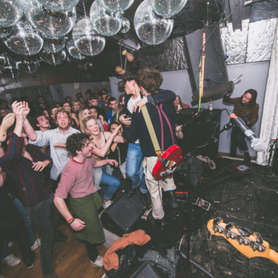 Dead Pretties and YOWL bring chaos to London's Thousand Island for DIY Presents show