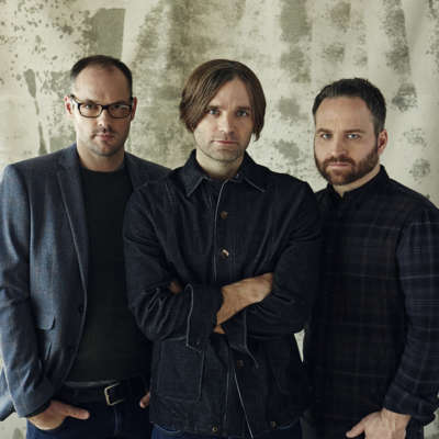 Death Cab for Cutie take a tour of celeb homes in 'The Ghosts of Beverly Drive' video