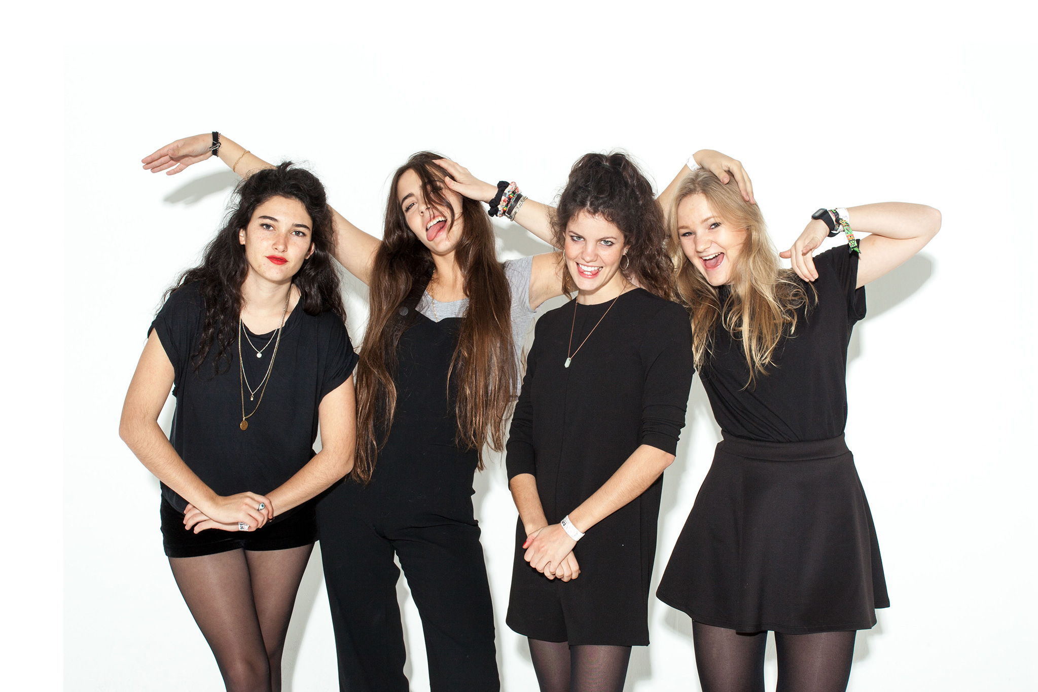 """Hinds talk Glastonbury and DJing for One Direction: """"Harry's the nicest guy ever"""""""