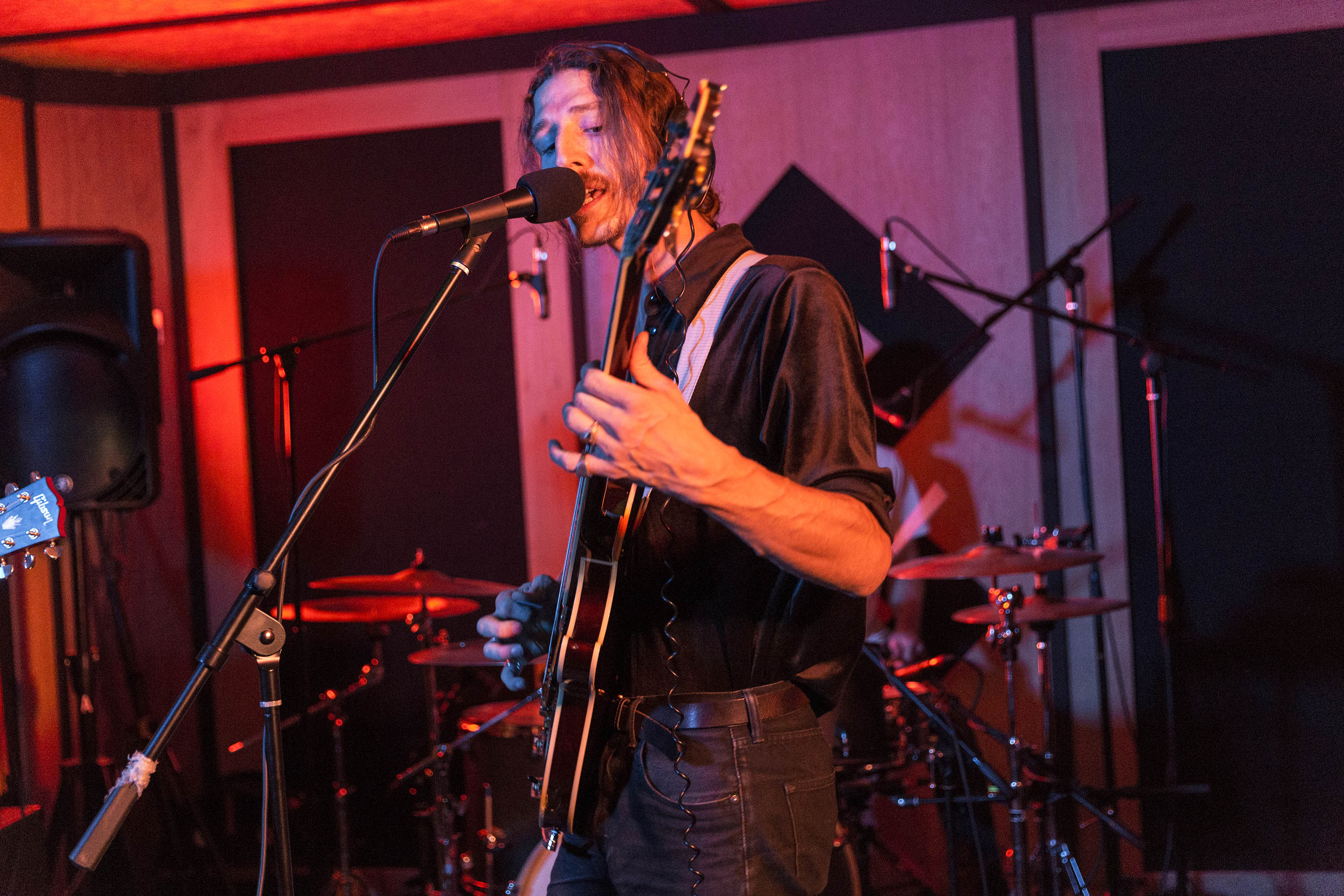 Watch Demob Happy play new material for Pirate Studios & DIY Presents live session