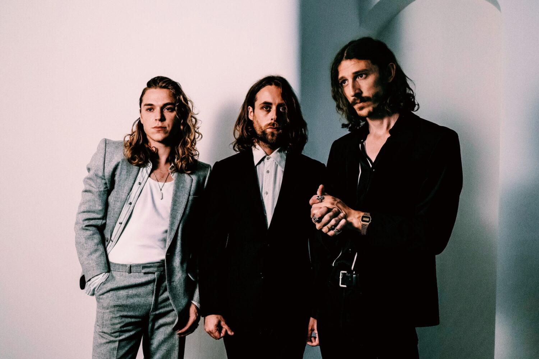 Demob Happy return with new single 'Mother Machine'