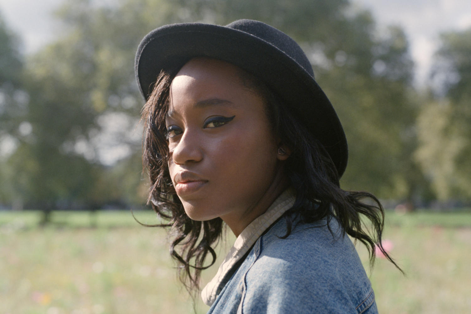 ​Denai Moore links up with Kwes for a crisp new re-work of 'Detonate'