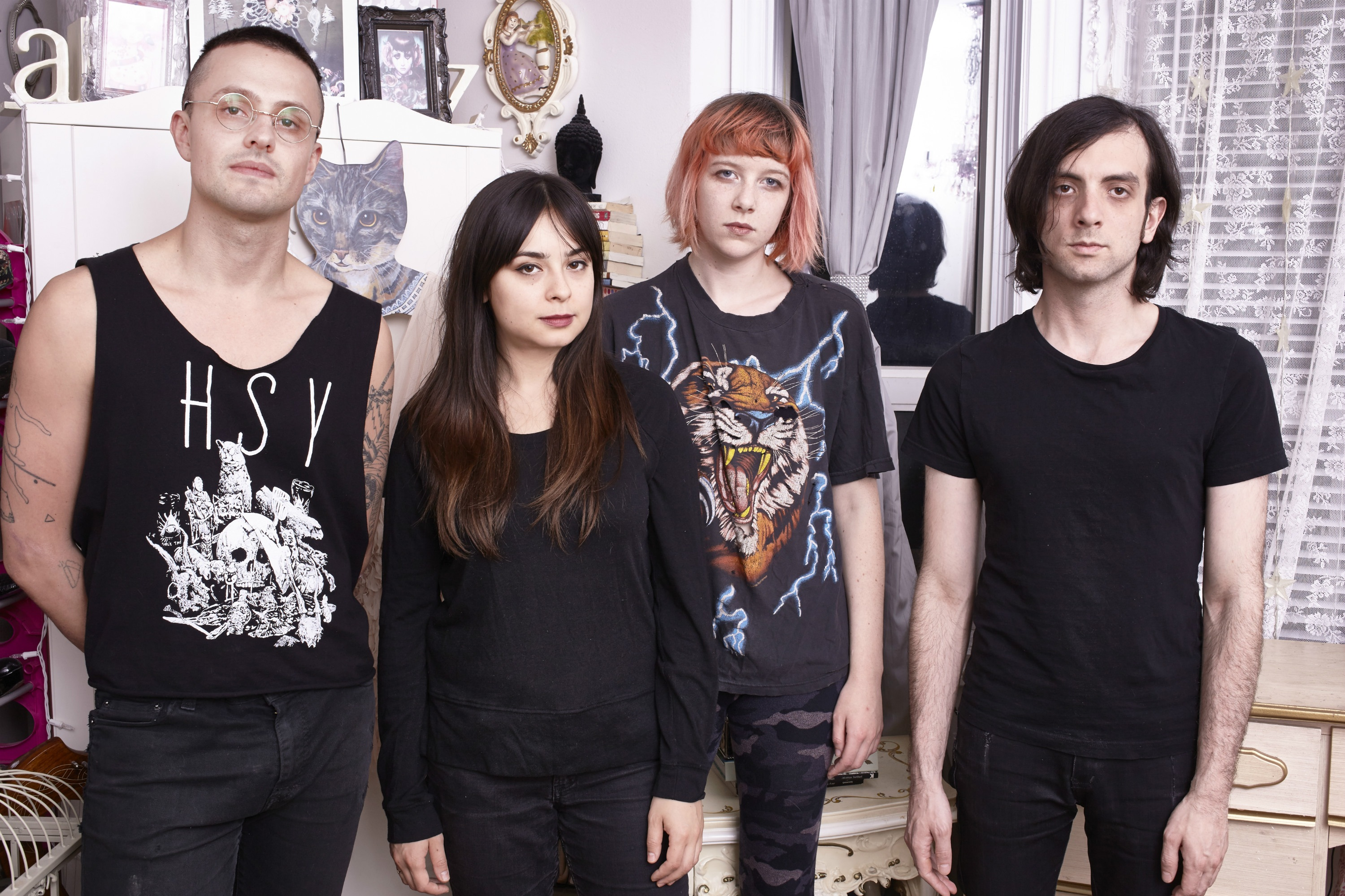 "Dilly Dally: ""We would go around and vandalise things and throw eggs at our ex-boyfriends' houses"""