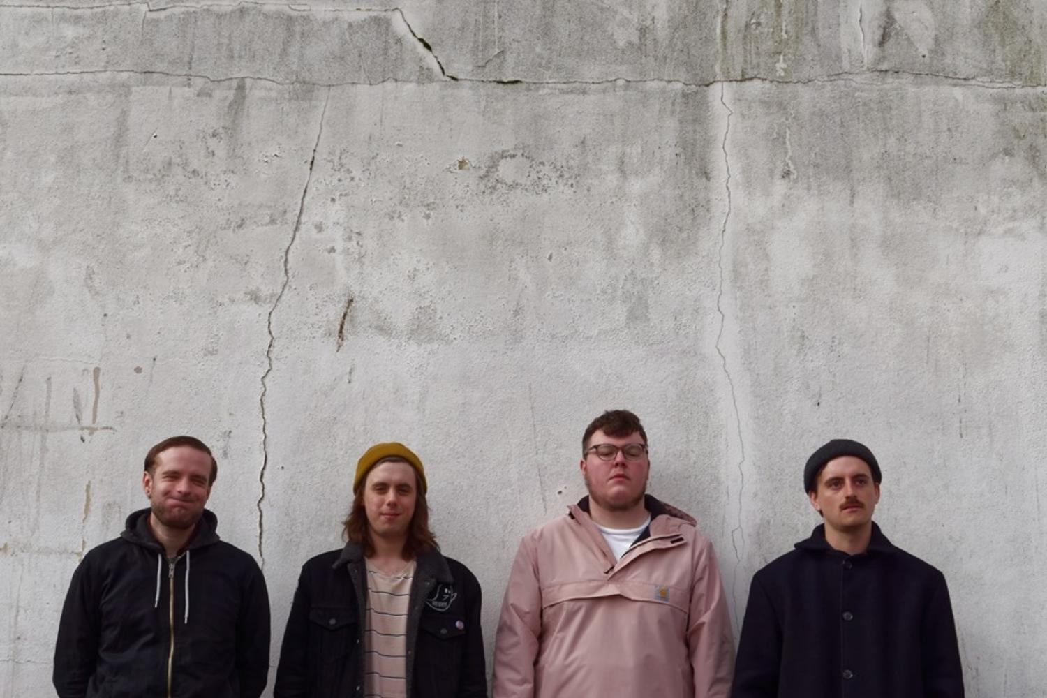 Don't Worry announce debut album 'Who Cares Anyway?' with the huge 'Big House'