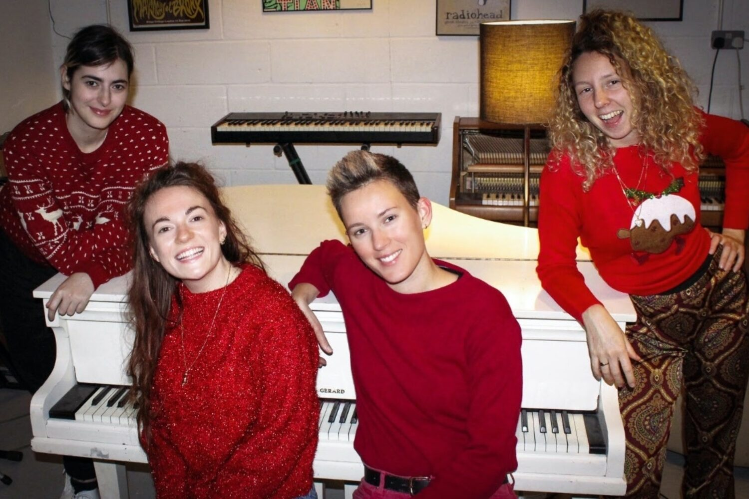 Dream Nails release 'Lonely Star (Christmas Song)'