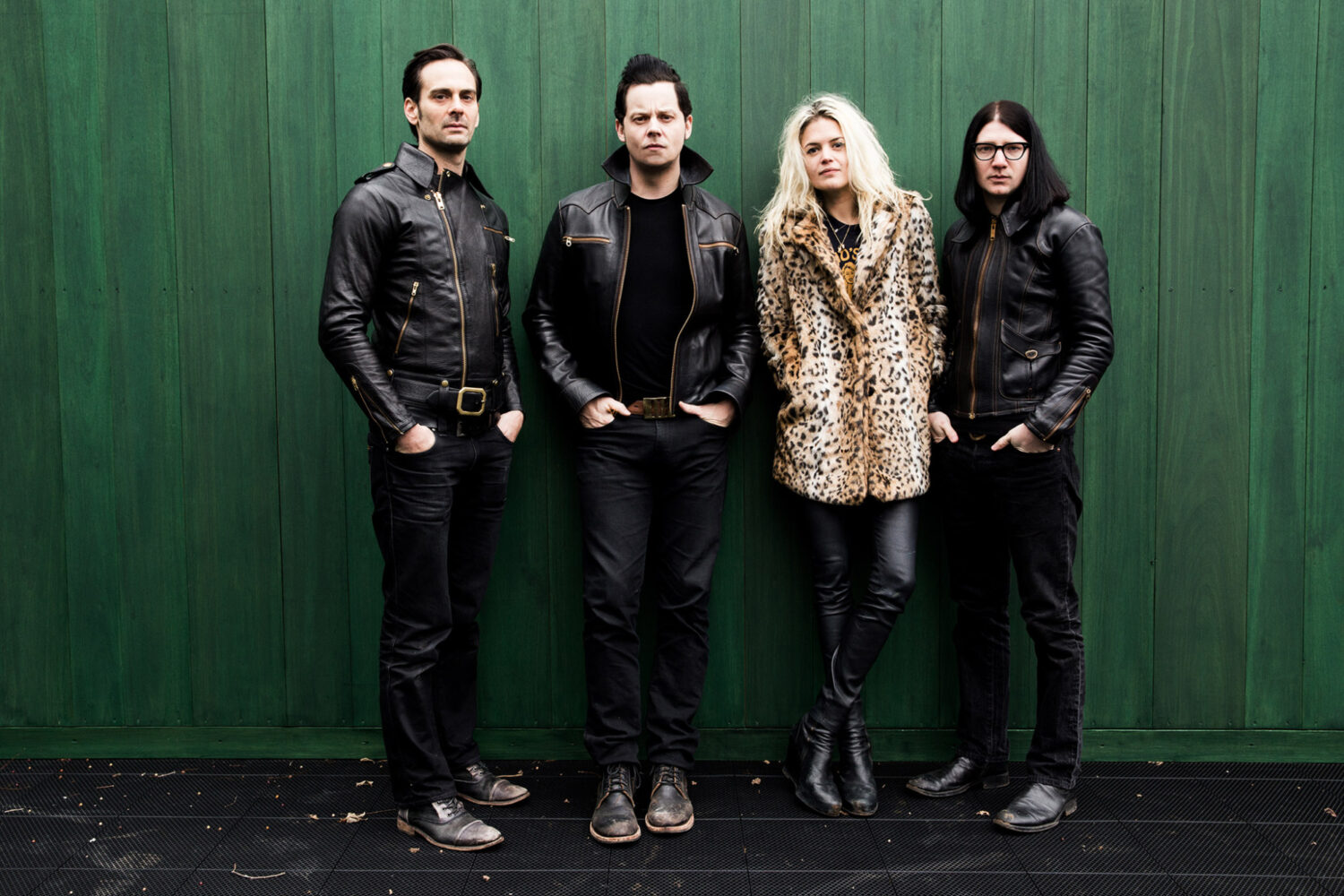The Dead Weather perform 'I Feel Love (Every Million Miles)' on The Late Show
