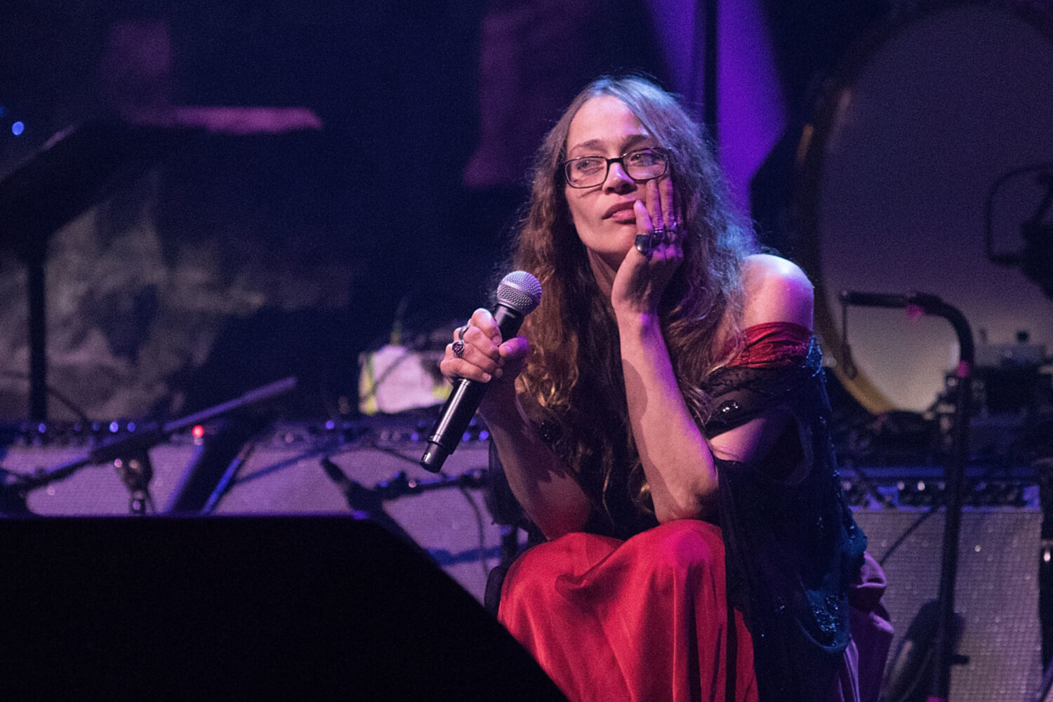 Fiona Apple covers Sharon Van Etten's 'Love More'