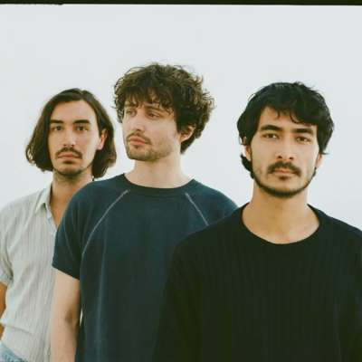 Flyte release 'I Still Believe In You', announce new EP 'White Roses'