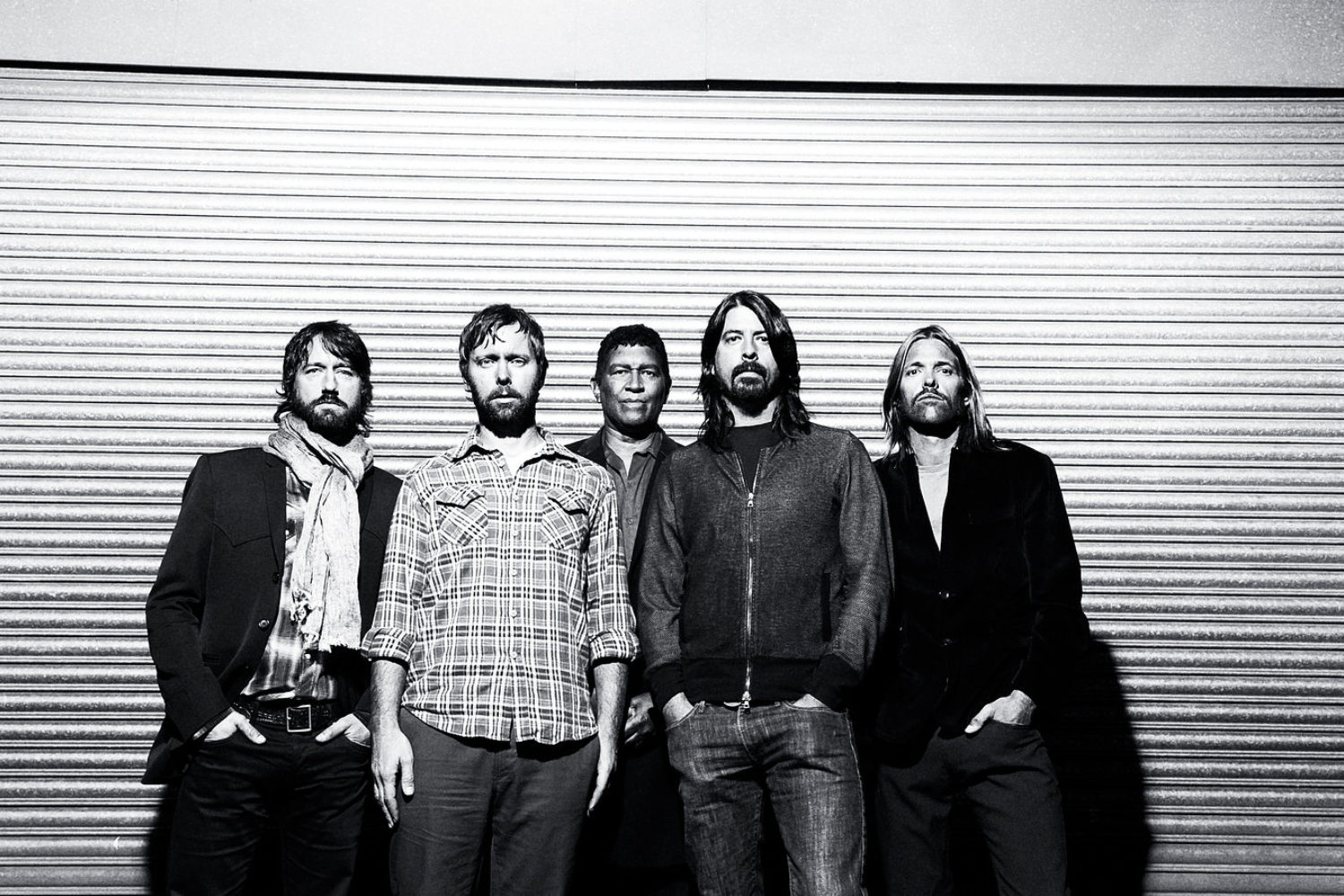 Foo Fighters pull out of Glastonbury 2015