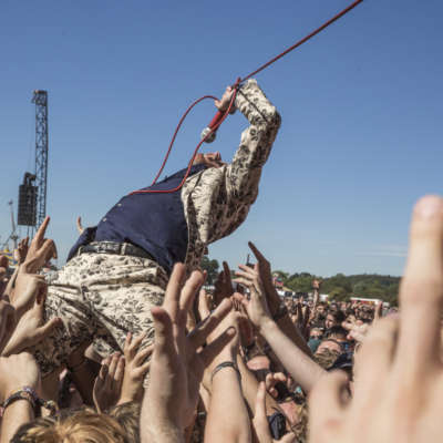 Frank Carter joins the big boys with massive Reading 2016 set