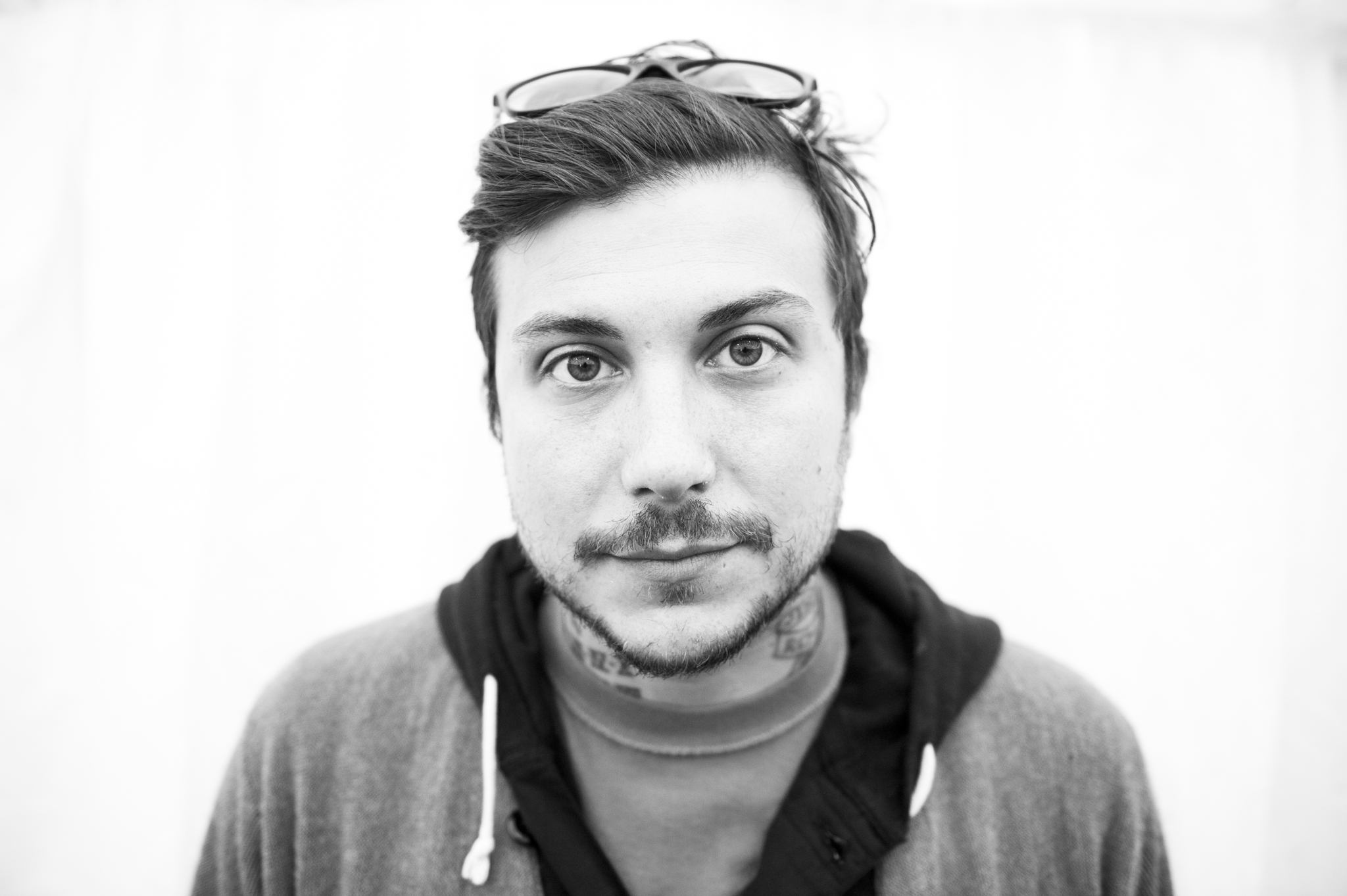Frank Iero and the Future Violents announce new album, 'Barriers'