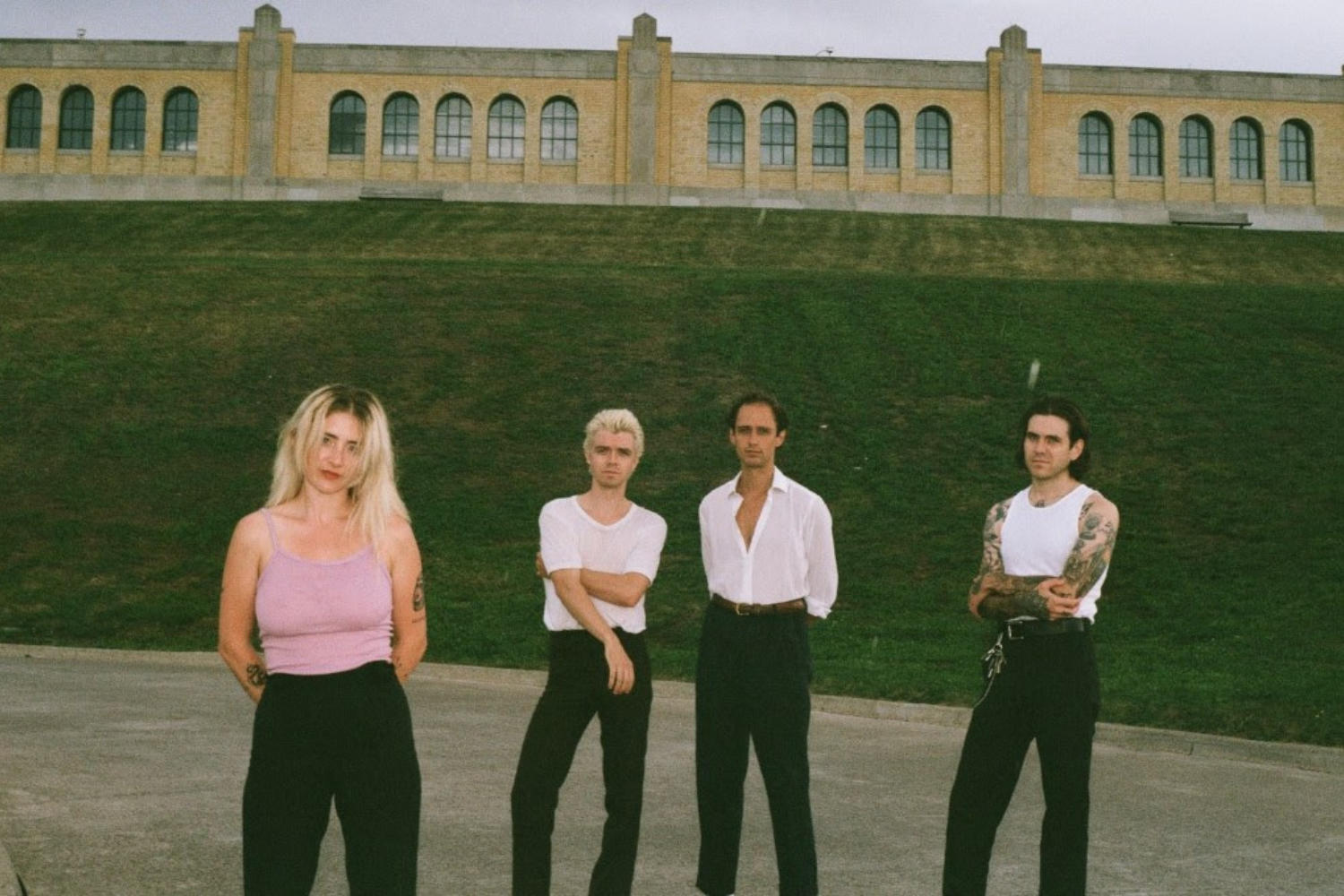 FRIGS release new track 'Crop Circles'