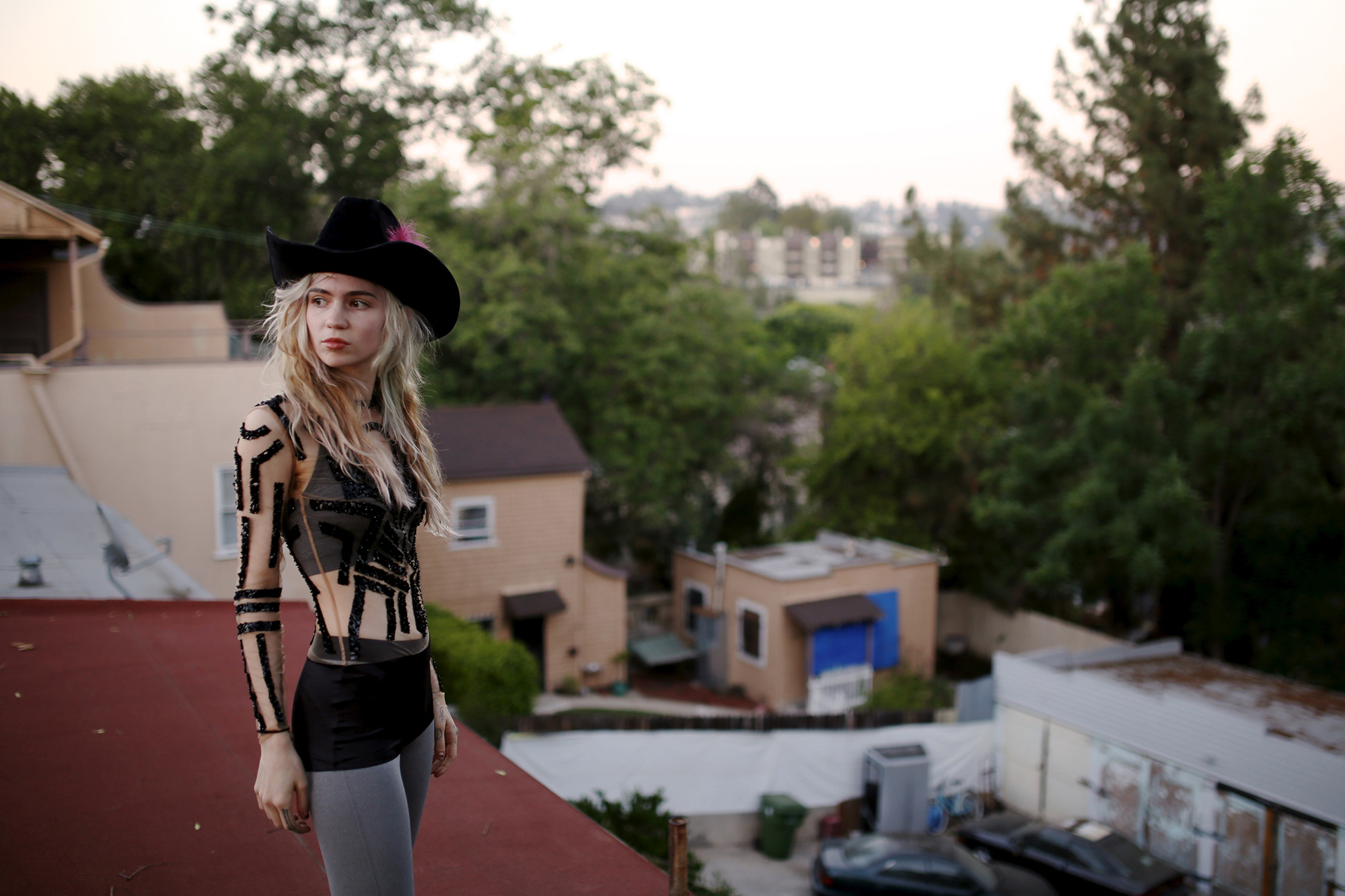 Grimes puts together 'Bedtime Mix', featuring Portishead and Aphex Twin